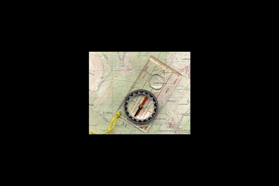 Curs d'Orientació a Muntanya: mapa i brúixola